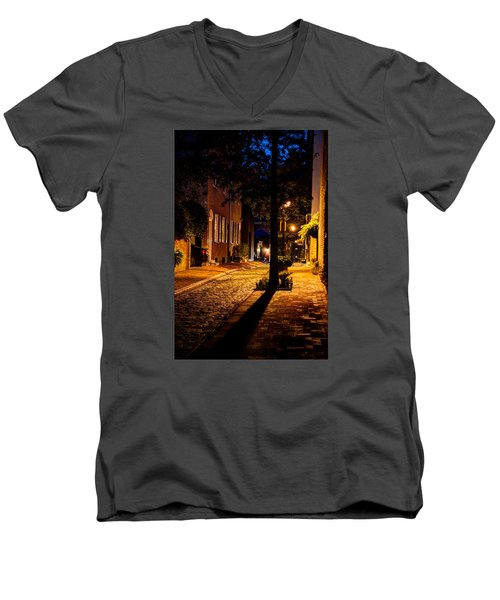 Men's V-Neck T-Shirt featuring the photograph Street In Olde Town Philadelphia by Mark Dodd
