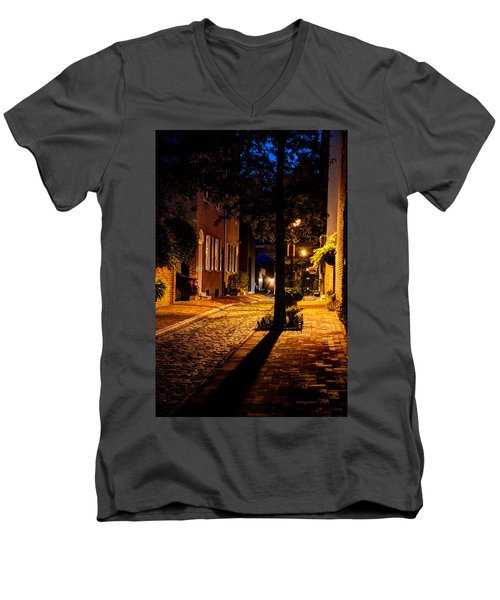 Street In Olde Town Philadelphia Men's V-Neck T-Shirt