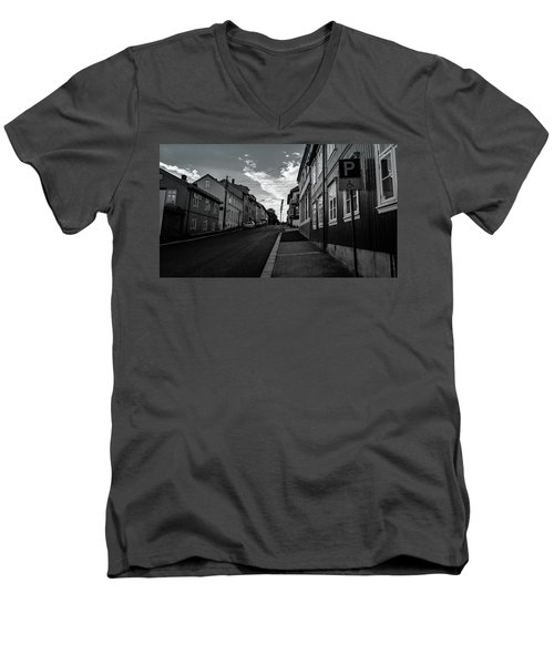Street In Toyen Men's V-Neck T-Shirt