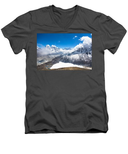 Stunning Panorama Over Gokyo In Nepal Men's V-Neck T-Shirt