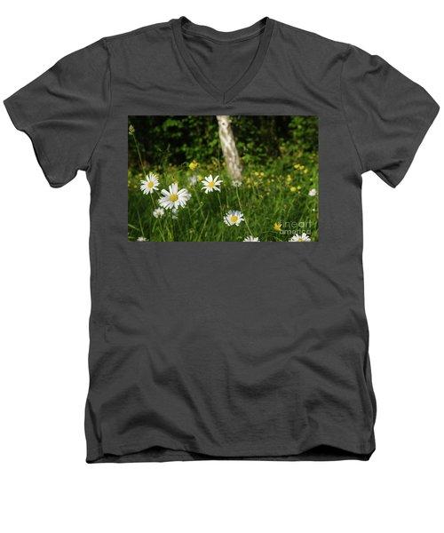 Men's V-Neck T-Shirt featuring the photograph Summer Feeling by Kennerth and Birgitta Kullman