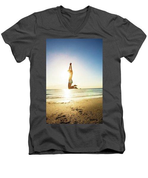 Summer Fitness Girl Men's V-Neck T-Shirt