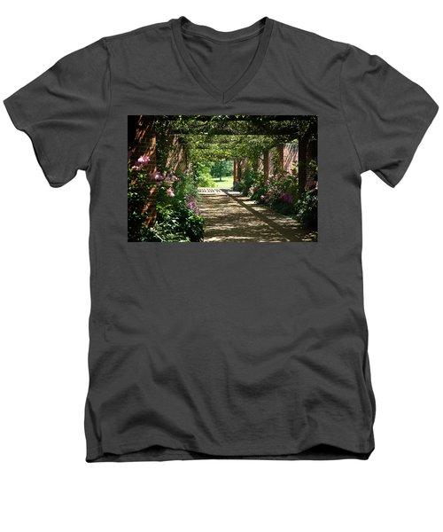 Summer Story Men's V-Neck T-Shirt