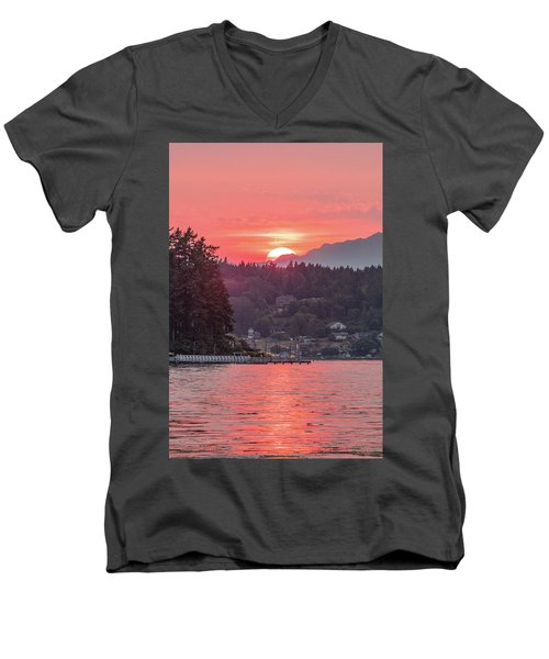 Summer Sunset Over Yukon Harbor.3 Men's V-Neck T-Shirt