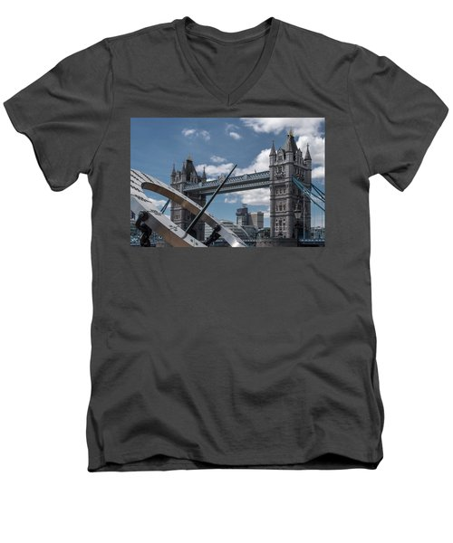 Sun Clock With Tower Bridge Men's V-Neck T-Shirt