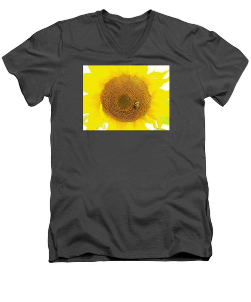 Sunflower And The Happy Bee Men's V-Neck T-Shirt