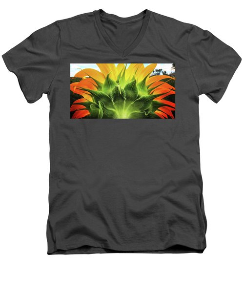Sunflower Sunburst Men's V-Neck T-Shirt