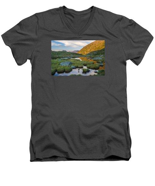 Sunrise From Star Lake Men's V-Neck T-Shirt