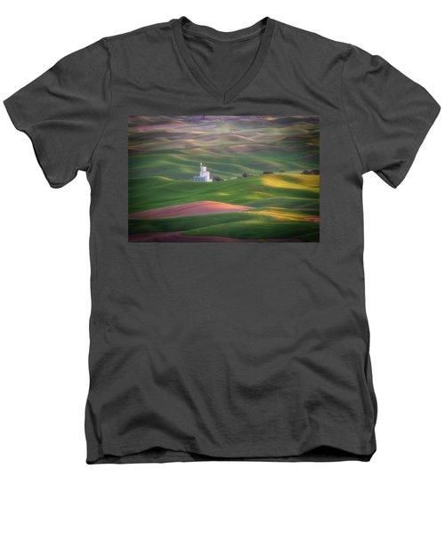 Sunrise From Steptoe Butte. Men's V-Neck T-Shirt