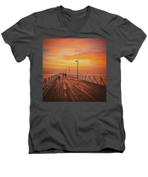 Sunrise Lovers Men's V-Neck T-Shirt