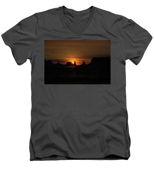 Sunrise Monument Valley Men's V-Neck T-Shirt