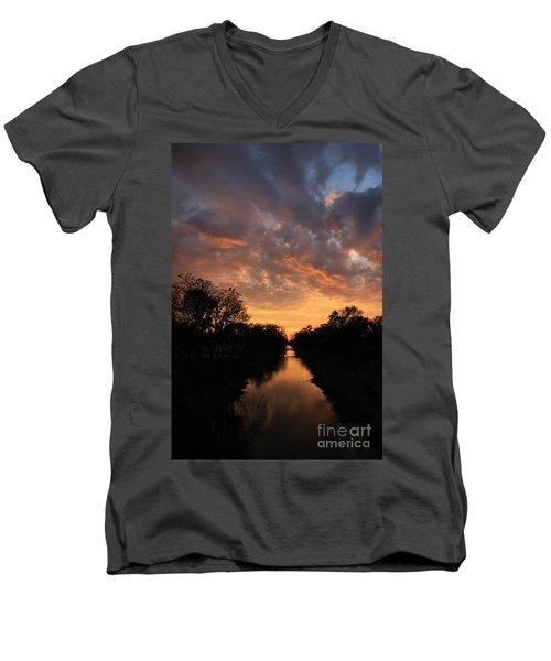 Sunrise On The Illinois Michigan Canal Men's V-Neck T-Shirt