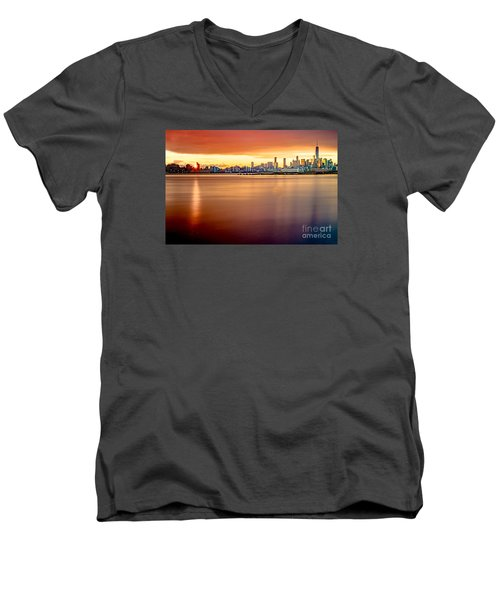 Sunrise On The Weehawken Waterfront Men's V-Neck T-Shirt
