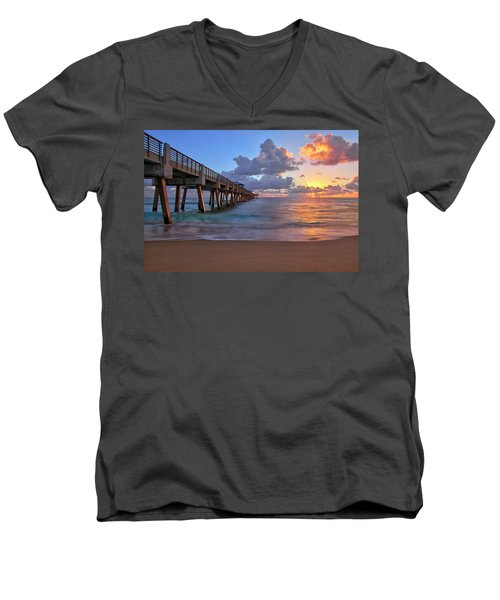 Sunrise Over Juno Beach Pier In Florida Men's V-Neck T-Shirt