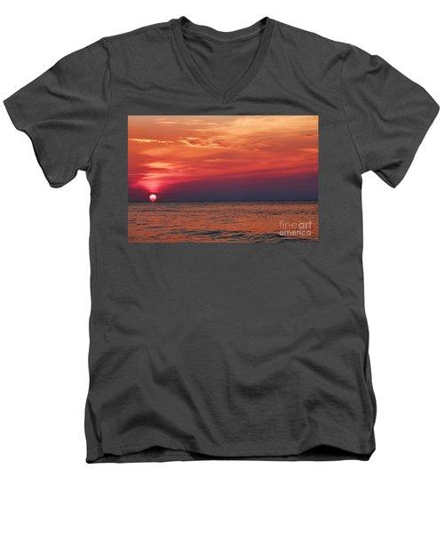 Sunrise Over The Horizon On Myrtle Beach Men's V-Neck T-Shirt