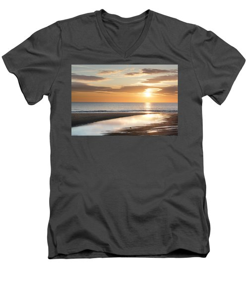 Sunrise Reflections At Aberdeen Beach Men's V-Neck T-Shirt