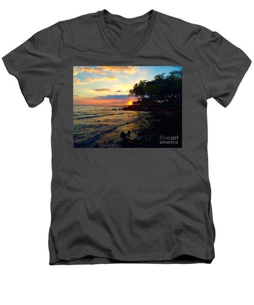 Sunset At A-bay Men's V-Neck T-Shirt