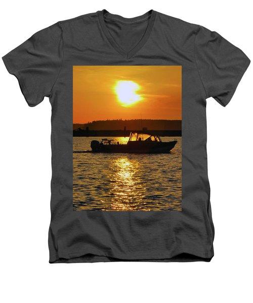 Sunset Boat Men's V-Neck T-Shirt