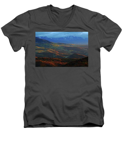 Sunset During Autumn Below The San Juan Mountains In Colorado Men's V-Neck T-Shirt by Jetson Nguyen