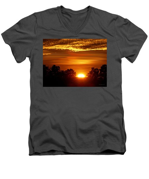 Sunset In Sonoma County Men's V-Neck T-Shirt