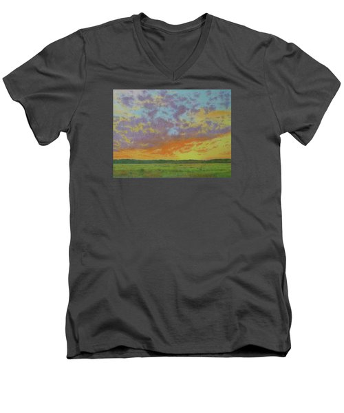 Sunset Near Miles City Men's V-Neck T-Shirt