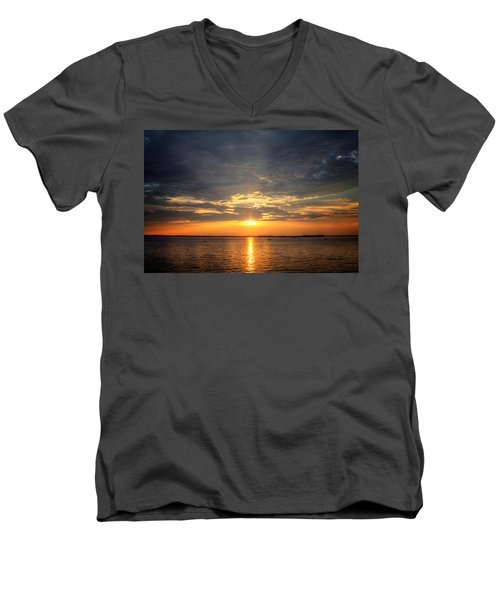 Sunset On Lake Hartwell Men's V-Neck T-Shirt