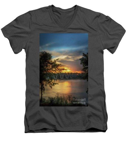 Sunset On The Arkansas Men's V-Neck T-Shirt