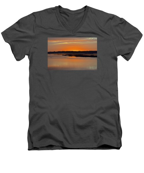 Sunset Over Broad Creek Men's V-Neck T-Shirt