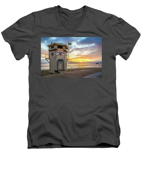 Sunset Over Laguna Beach Lifeguard Station Men's V-Neck T-Shirt