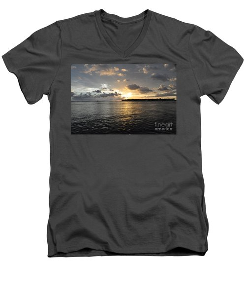 Sunset Over Sunset Key Men's V-Neck T-Shirt