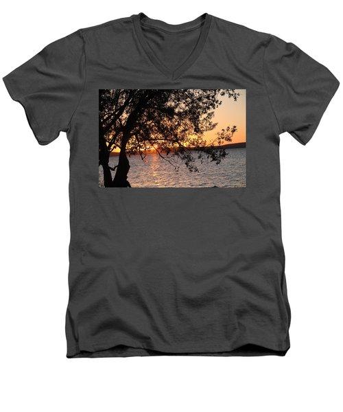 Sunset Over The Caribbean In Cienfuegos, Cuba Men's V-Neck T-Shirt