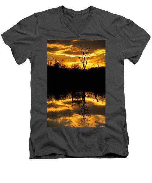 Sunset Over The Sabine River Men's V-Neck T-Shirt