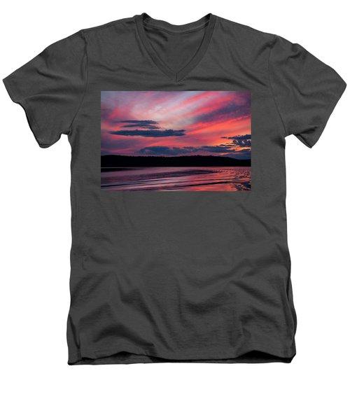Sunset Red Lake Men's V-Neck T-Shirt