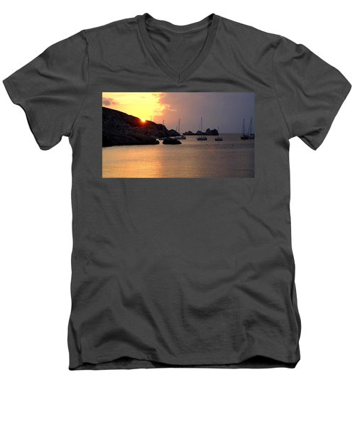 Sunset Sailing Boats Men's V-Neck T-Shirt