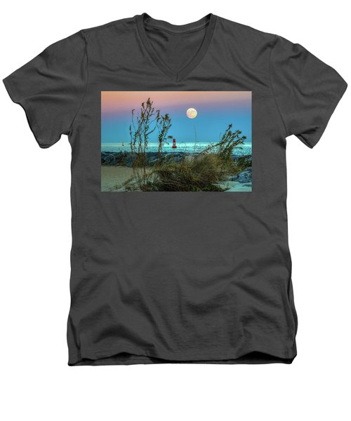 Super Moon 2016 Men's V-Neck T-Shirt