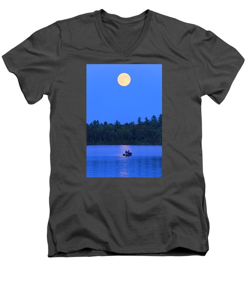 Men's V-Neck T-Shirt featuring the photograph Super Moon At The Lake by Barbara West