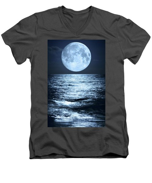 Super Moon Over Ocean Men's V-Neck T-Shirt