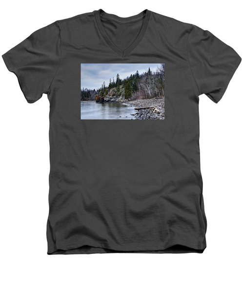 Men's V-Neck T-Shirt featuring the photograph Superior Cliffs by Larry Ricker