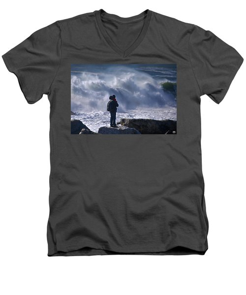 Surf Watcher Men's V-Neck T-Shirt