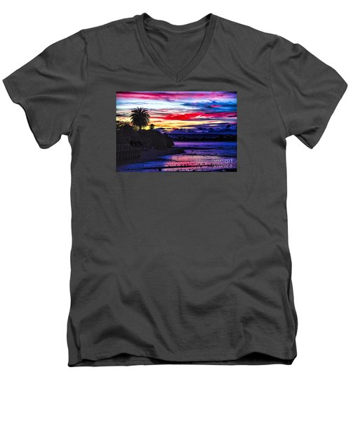 Men's V-Neck T-Shirt featuring the photograph Suset Beach by Rick Bragan