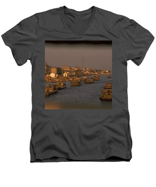 Suzhou Grand Canal Men's V-Neck T-Shirt