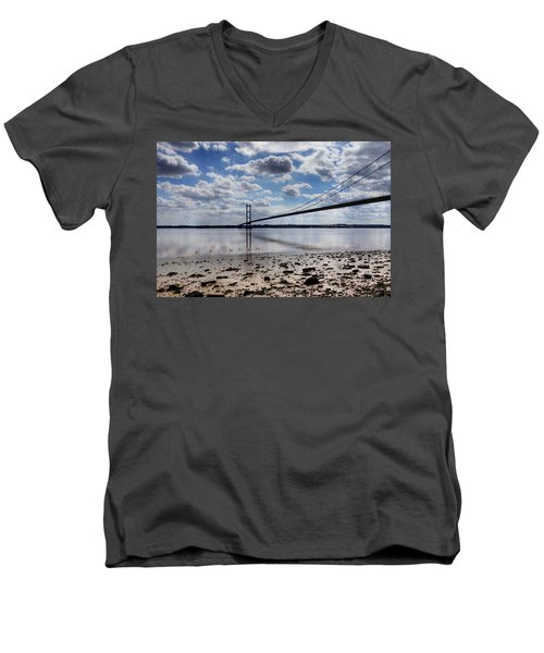 Swans At Humber Bridge Men's V-Neck T-Shirt