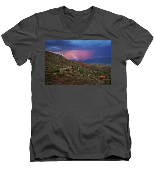 Sycamore Canyon Lightning With Little Daisy Men's V-Neck T-Shirt