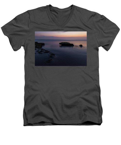 Tabletops Men's V-Neck T-Shirt