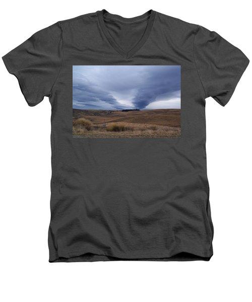 Taieri Pet Men's V-Neck T-Shirt