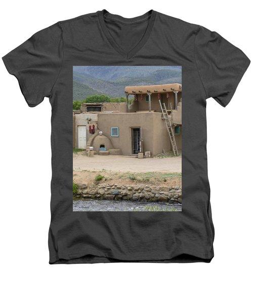 Taos Pueblo Adobe House With Pots Men's V-Neck T-Shirt