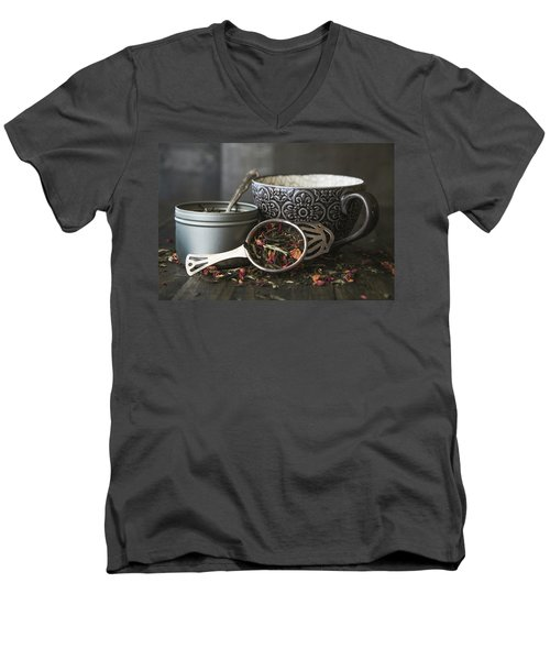 Tea Time 8312 Men's V-Neck T-Shirt