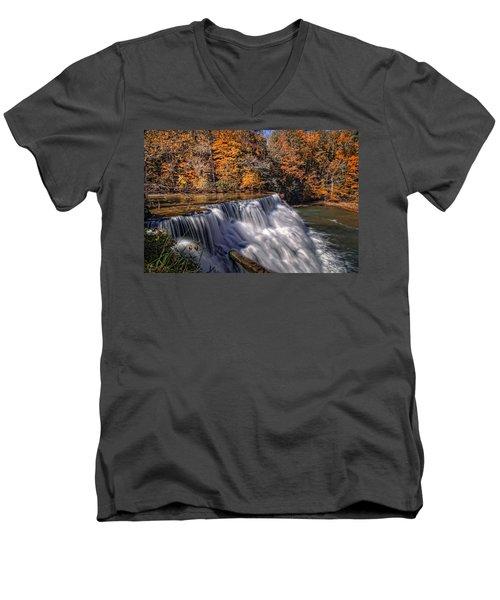 Tennessee Waterfall Men's V-Neck T-Shirt