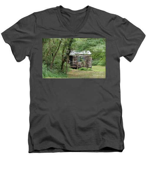 Terapin Station  Men's V-Neck T-Shirt