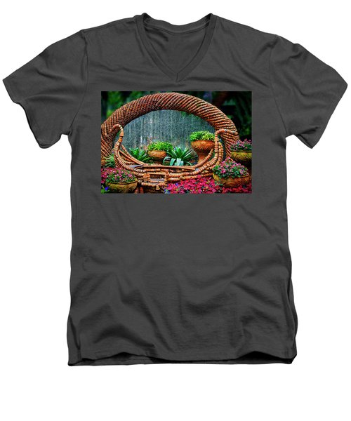 Men's V-Neck T-Shirt featuring the photograph Terra Cotta Pot Gondola Art by Joseph Hollingsworth